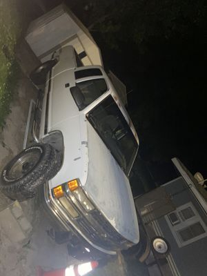 1995 Chevy Silverado 2500 for Sale in Carlyle, IL