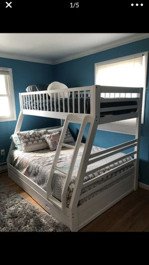 Twin over Full Bunk Bed w/ 2 Drawers (White) for Sale in Bethlehem, PA