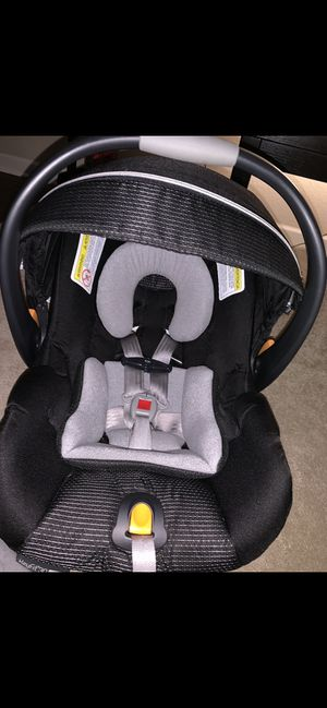 Chico brand car seat and stroller great condition for Sale in Wichita, KS