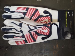 NIKE SOFTBALL MEDIUM BATTING GLOVES for Sale in Levittown, NY