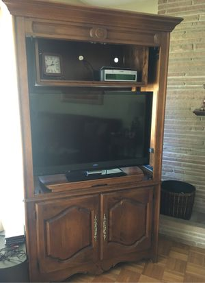TV cabinet for Sale in Santa Barbara, CA