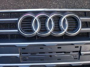 Audi grille quattro 2019 for Sale in Queens, NY