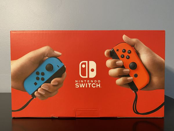 Nintendo Switch 32GB V2 Neon Red/Blue Joy-Con
