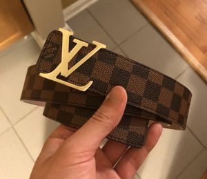 Brown monogram LV belt sz M ( sz 32/34 waist ) excellent! No trades ! for Sale in Silver Spring, MD
