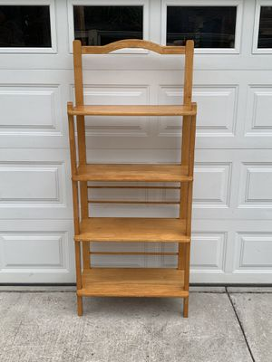 Nice 4 Shelf Wooden Display / Bakers Rack for Sale in New Port Richey, FL