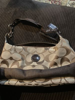 Coach purse for Sale in Bloomington, CA