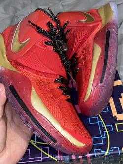 Nike Kyrie 6 ASG / Trophies for Sale in Orlando,  FL