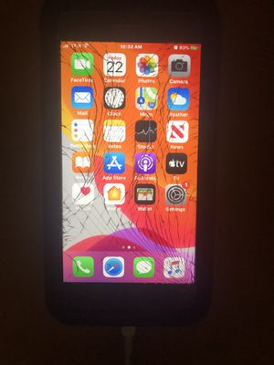 Cracked IPhone 7 Plus only in the front glass. Working in excellent condition. for Sale in Kissimmee, FL