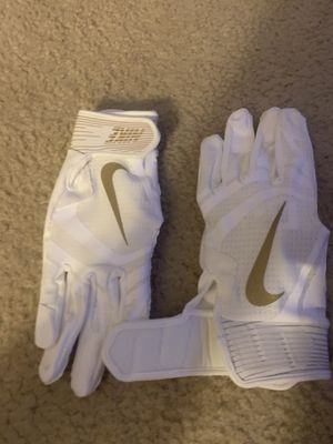 Nike baseball gloves for Sale in St. Peters, MO