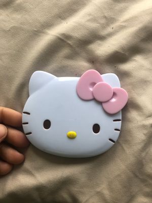 Hello Kitty Mirror w Hair Comb for Sale in Morgantown, WV