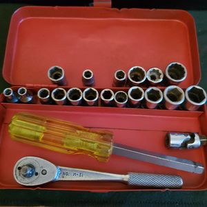 """Made In The USA 1/4"""" Drive Tool Set for Sale in Inkster, MI"""
