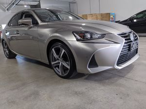 2017 Lexus IS 200T 2.0 RWD leather sunroof backup camera fully loaded for Sale in San Antonio, TX
