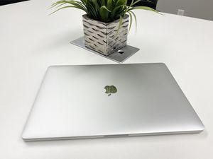 MacBook Pro (15-inch, 2017) 2.8 ghz i7 16GB 251 Flash storage Laptop 💻 for Sale in Sacramento, CA