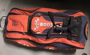 Boombah Beast Rolling Baseball Bat / Catchers / Gear Bag - Red/Navy for Sale in Chandler, AZ