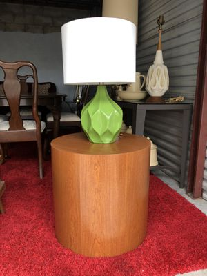 Faux Wood Grain Round Modern Cube End Or Bedside Table . for Sale in Punta Gorda, FL