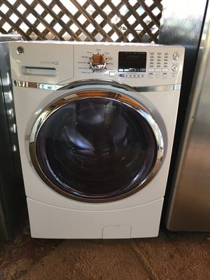 Ge front load washer for Sale in Phoenix, AZ