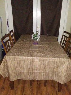Kitchen table for Sale in McLoud, OK