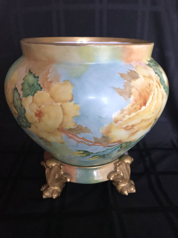 Antique D&C Limoges Hand Painted Jardiniere Paw Footed Plinth 1936