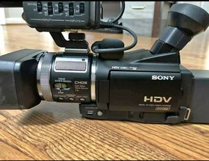 Sony Professional HVR-A1U CMOS High Definition Camcorder with 10x Optical Zoom for Sale in Ashburn, VA