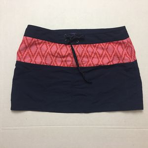 Patagonia Ikat Board Skirtie Nylon Active Skirt for Sale in Austin, TX