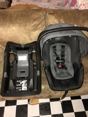 Brand New Evenflo Car Seat (Use One Time) for Sale in The Bronx, NY
