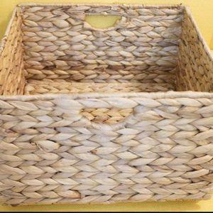 2x seville foldable handwoven water hyacinth wicker cube storage basket bin for Sale in Seattle, WA