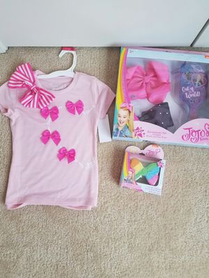 New girls JoJo Siwa bundle - top (XS or L), bath bomb and gift set - $20 price firm for Sale in Rockville, MD