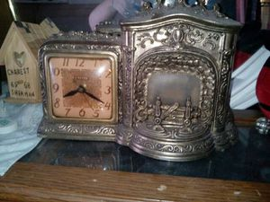 Antique fireplace clock for Sale in Roseville, MI