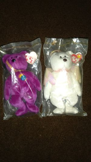 Beanie babies. Millinium and Halo. Both rare. for Sale in Cleveland, OH