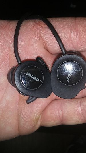 Bose soundsport earbuds for Sale in Portland, OR