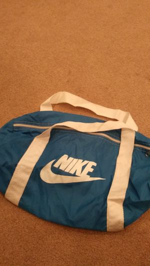 nike duffle bag for Sale in Commerce City, CO