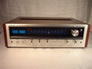 Vintage Pioneer SX-535 Stereo Receiver with Original Manual for Sale in Pawtucket, RI