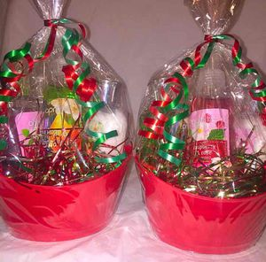 Christmas - Body Care Gift Sets for Sale in Annandale, VA
