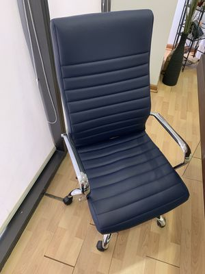 Office Chair Navy Blue for Sale in Miami, FL