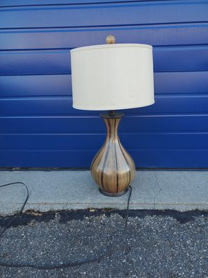 Cute table lamp for Sale in Livonia, MI