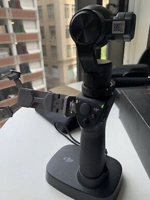 DJI OSMO 4K CAMERA WITH GIMBAL BUNDLE PACAKGE for Sale in Bronxville, NY