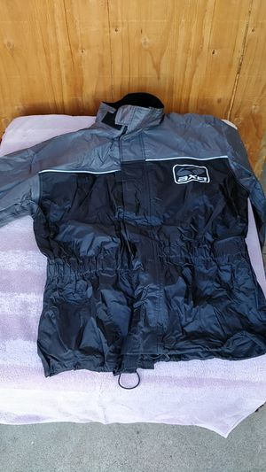 New AXO Complete Motorcycle Rain Gear Jacket Pants Vest Hood, Motorcycle Gear, Motorcycle Suit for Sale in El Cajon, CA