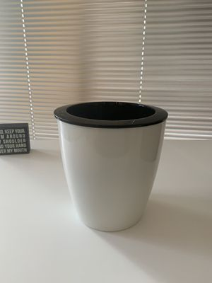 4 inch Plant pot for Sale in Washington, DC
