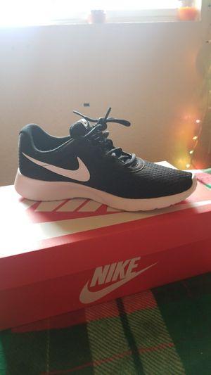 Nike , size 9 woman's.. for Sale in Seattle, WA