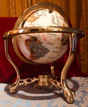 Luxury top quality decorative Earth Globe W13xH15 for Sale in Chandler, AZ