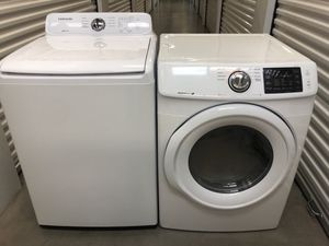 Samsung washer and New electric dryer for Sale in Chandler, AZ