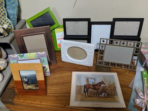 Photo frames and photo books for Sale in Eglin Air Force Base, FL