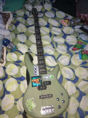 Electric bass for Sale in Richmond, CA