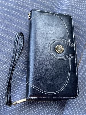 Used wallet $5 for Sale in Festus, MO