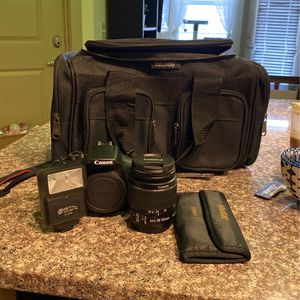 Canon EOS T6 Kit for Sale in Waco, TX