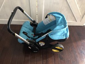 Doona car seat and stroller in one for Sale in Montgomery, IL