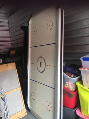 Air Hockey Table for Sale in Winter Garden, FL