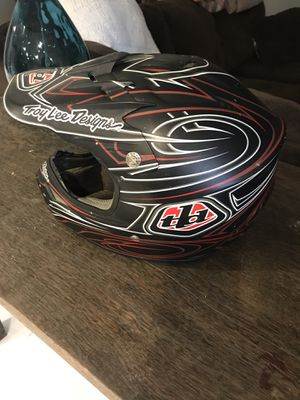 Troy lee helmet for Sale in Painesville, OH