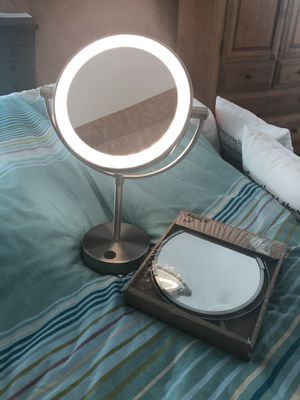 New Vanity/Bathroom lid up, 1 STAND- MIRROR with 3X enlargement ,+ 1 bathroom extendable WALL MIRROR for Sale in Ellicott City, MD