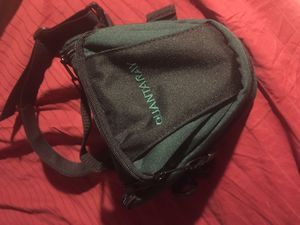 Padded DSLR bag with shoulder strap. for Sale in Cleveland, OH